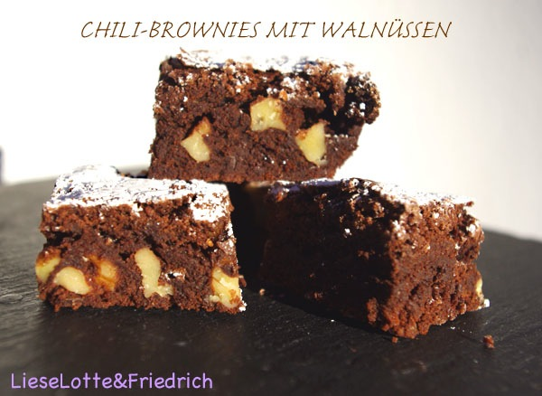 n hblog modage weihnachtliches backen mit lieselotte friedrich chili brownies mit waln ssen. Black Bedroom Furniture Sets. Home Design Ideas