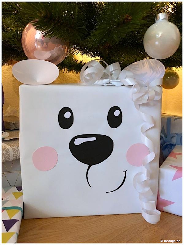 Geschenke huebsch verpackt Eisbaer modage.de